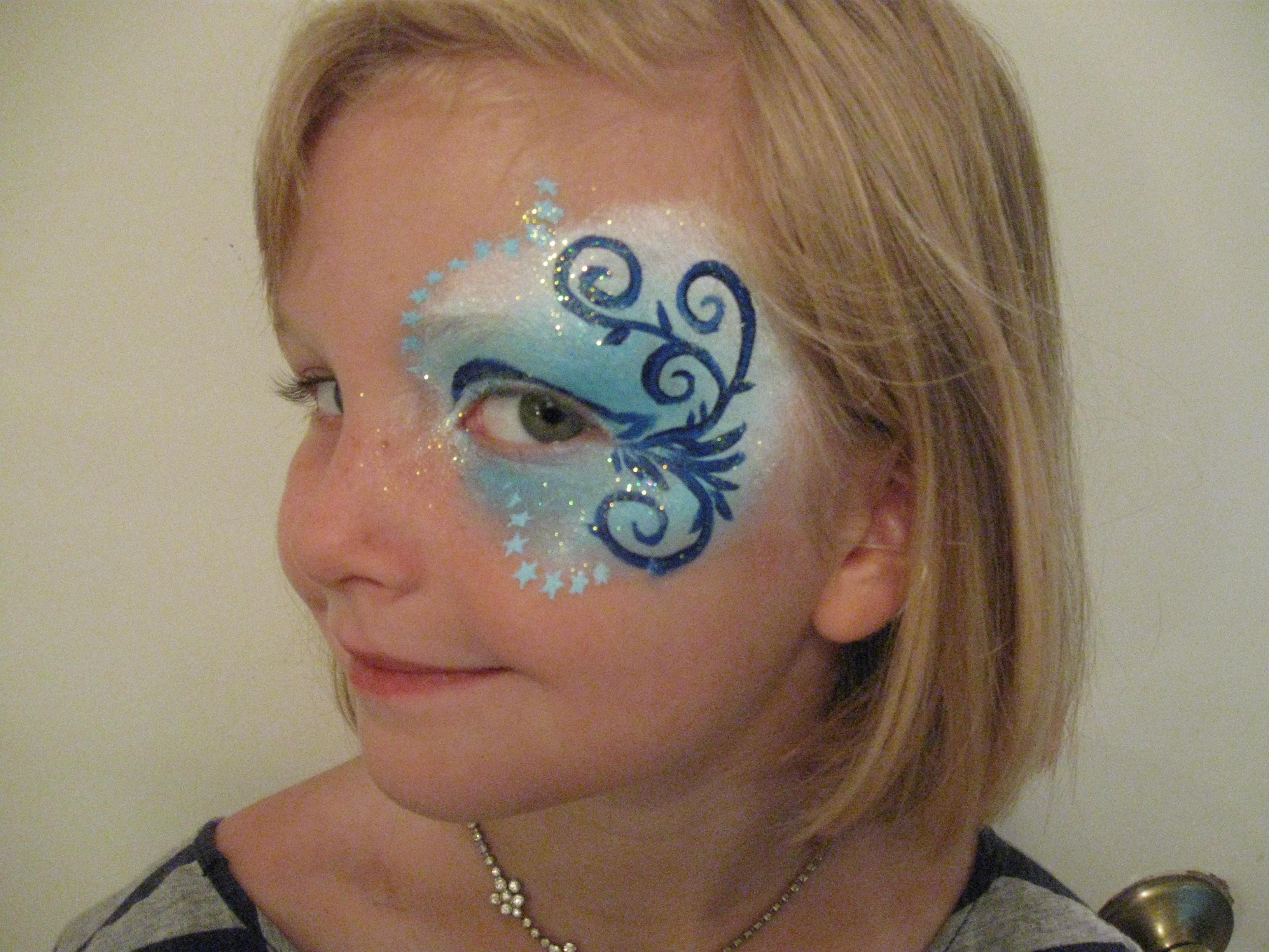 Face painting easy fish images for Easy fish painting